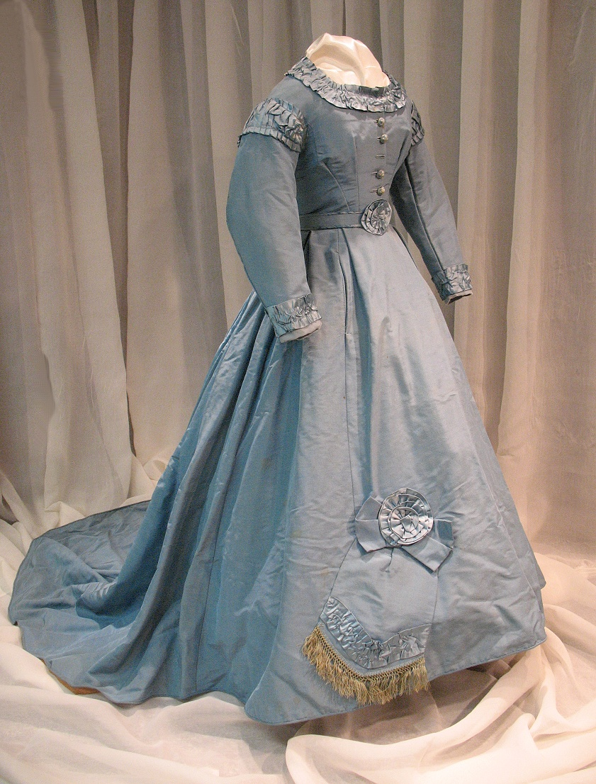 civil-war-exhibit-post-war-dress
