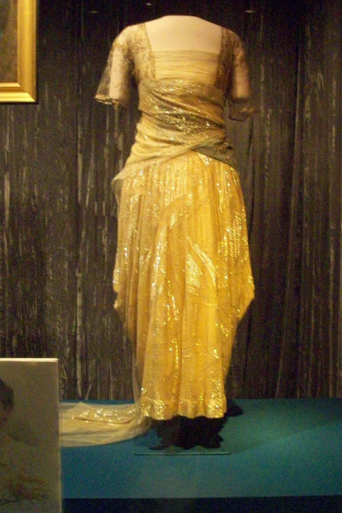 First Ladies Dresses – Worn Through