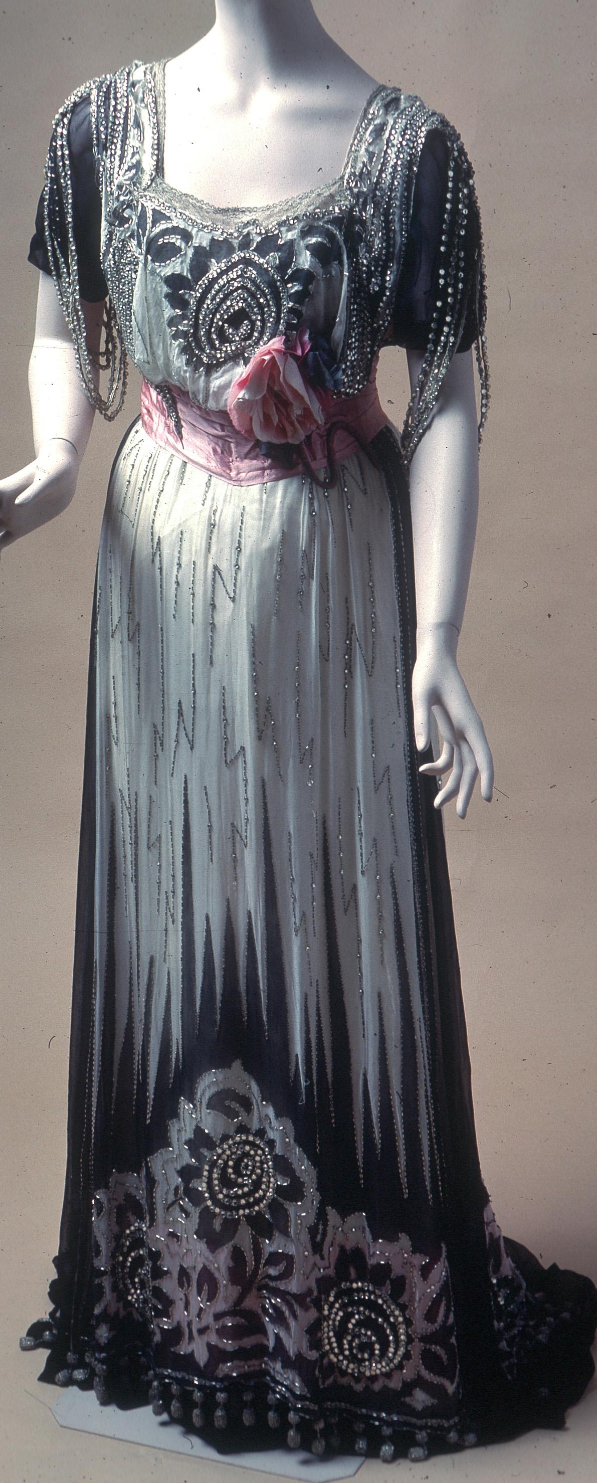 c. 1910 Dress by Madame J. Baer; Gift of Jane Scribner; Original owner Florence O. Ives Scribner (de Young Museum)