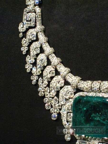 Necklace, Carter London, 1932. Diamonds, emerald, and platinum. Sold to Beatrice Mills, Countess of Granard.