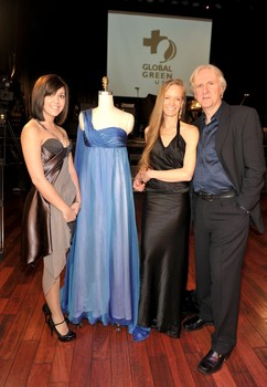 Jillian with Suzy Amis Cameron and James Cameron at the unveiling of Amis Cameron's dress. Photo by Jim Peck