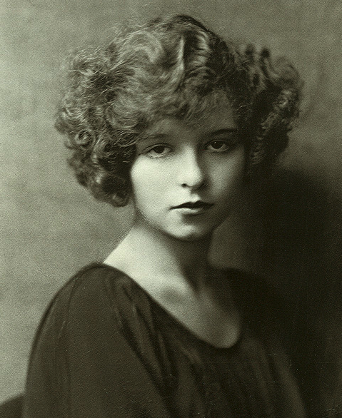 Clara Bow by Nikolas Murray, 1925