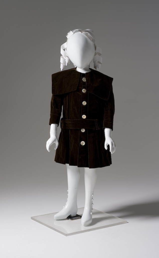 Dress, boy's, cotton velvet / silk / mother-of-pearl, maker unknown, [made in Australia], 1900-1901, Collection: Powerhouse Museum, Sydney