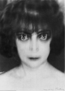 lens2070383_1252258639Casati_by_man_ray@man ray foundation