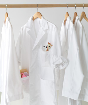 Images of White Doctor Coat - Reikian