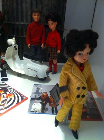 Sindy dolls at The Fashion and Textile Museum London living 'la dolce vita!'