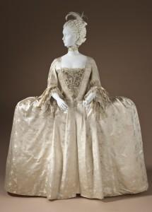 Robe à la Française, England - 1765 Photo Les Arts Décoratifs