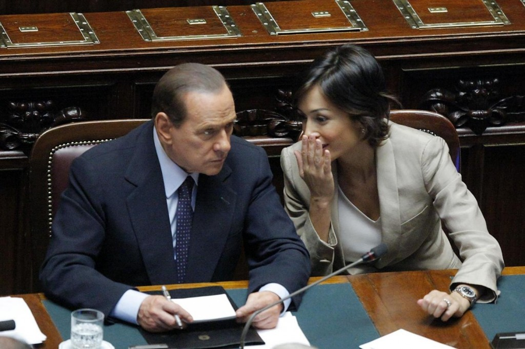 Silvio Berlusconi and Mara Carfagna. Photo from Yahoo Notizie, uncredited.