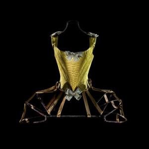 Panniers, 1770 and Corset, 1740-1760 Paris, Les Arts Décoratifs, collection Mode et Textile et dépôt du musée de Cluny Copyright: Patricia Canino