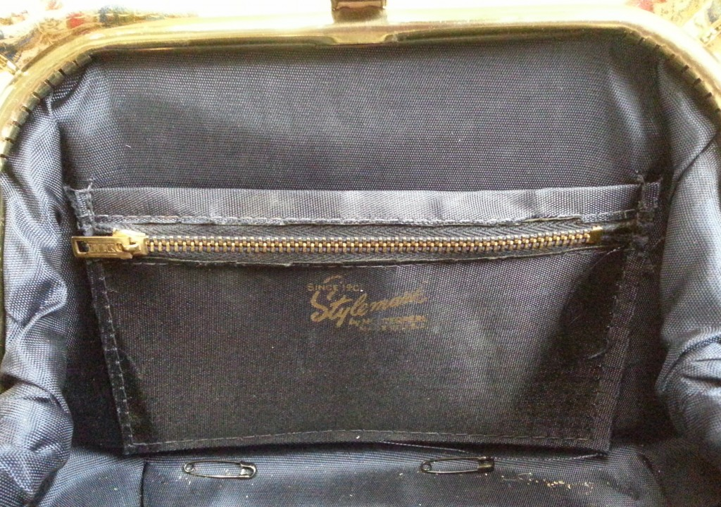 The Stylemark by Mutterperl stamp in the interior of the bag.