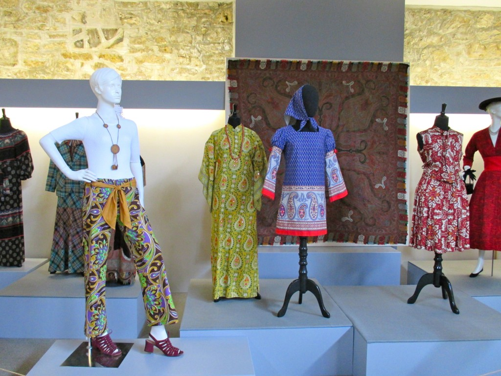 Gallery Installation Shot Fashion History Museum Photo by Ingrid Mida 2013