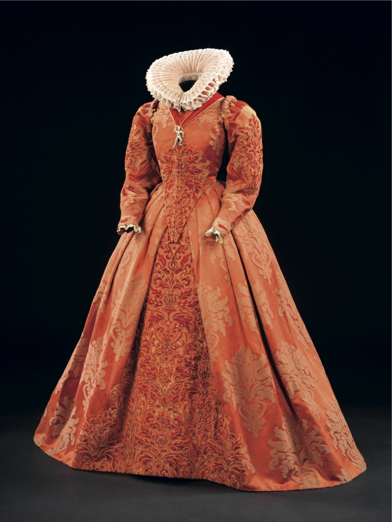 """elizabethan costumes """"everyone who lived during the elizabethan era knew these laws and failure to follow them resulted in fines, lose of property, title, and life"""" (elizabethan costume) since in english society clothing was a huge factor it ended up affecting costumes that were used in theatre."""