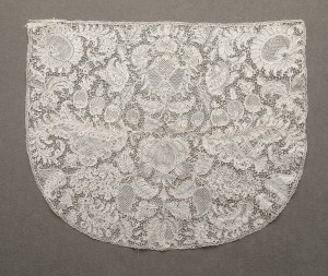 Cap back, early 18th century France Linen needle lace (point d'Alençon) Gift of Mrs. Hans Benedict 53.39.19