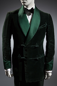 Bottle green cotton velvet smoking jacket, cashmere trousers, black bowtie 1936