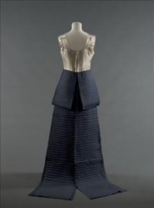 Evenning Dress - Jeanne Lanvin, 1935. Patrimoine Lanvin Photography: Stéphane Piera/Galliera/Roger-Viollet