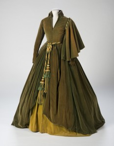 Most Popular Girl: The Curtain Dress from Gone With the Wind David O. Selznick Collection Harry Ransom Center The University of Texas at Austin Photo by Pete Smith