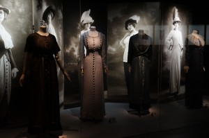 Women Garments in the 19th century display