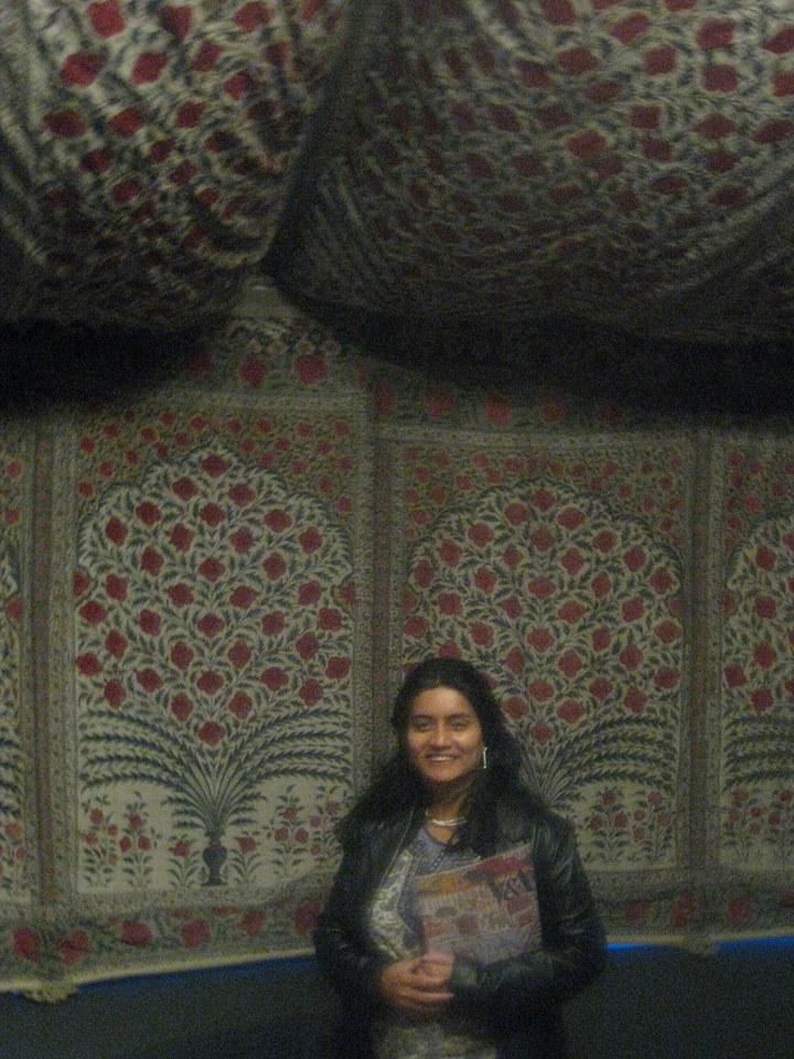 Author in front of Tent of Tipu Sultan of Mysore Mughal India, possibly Burhanpur, c.1725–50 Cotton, block-printed, mordant-dyed and resist dyed Approx. total height: 354 cm; approx. perimeter of canopy: 2508 cm; max. height of wall: 205 cm