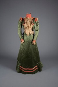 Walking dress ,  Green satin, pink velvet and lace ,  1900, USA ,  Robert and Penny Fox Historic Costume Collection, Drexel  University ,  Gift of Mrs. James Creese .  Photo by Michael J.  Shepherd.