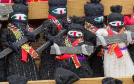 zapatista_dolls_for_sale_-_chamula_-_chiapas_-_mexico_-_02_15638772616